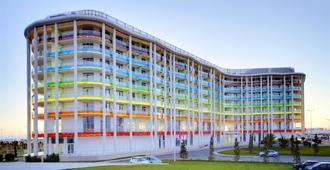 Tulip Inn Omega Sochi - Sochi - Building