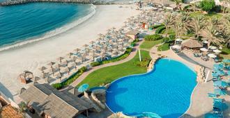 Coral Beach Resort - Sharjah - Sharjah - Piscina