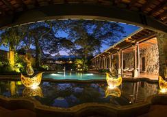 Hotel Museo Spa Casa Santo Domingo - Antigua - Uima-allas