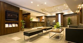 Daiwa Roynet Hotel Shin-Yokohama - יוקוהאמה - לובי