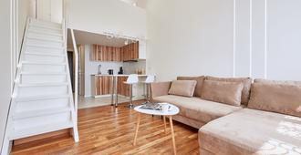 Flatsis Apartment Dudinskaya 1A - Kharkiv - Living room