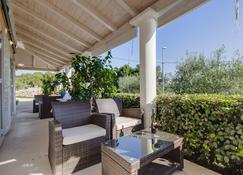 Apartments Del Sole - Nerezine - Patio