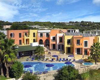 Hotel Club Alizé - Santa Cesarea Terme - Byggnad