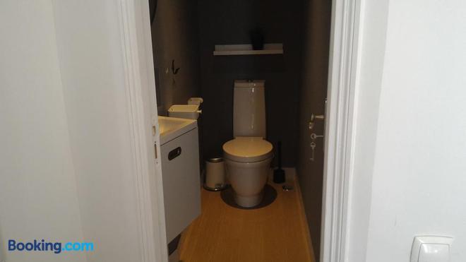 Ritz & Freud - Lisbon - Bathroom