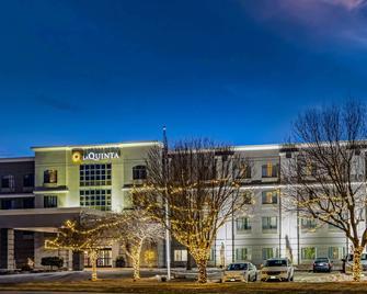 La Quinta Inn & Suites by Wyndham Kearney - Kearney - Edificio