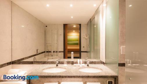 Relais Monaco Country Hotel & Spa - Ponzano Veneto - Bathroom