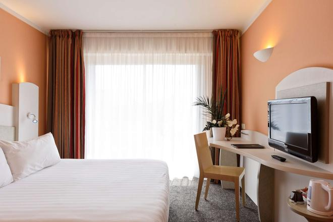 Best Western Astoria - Antibes - Makuuhuone