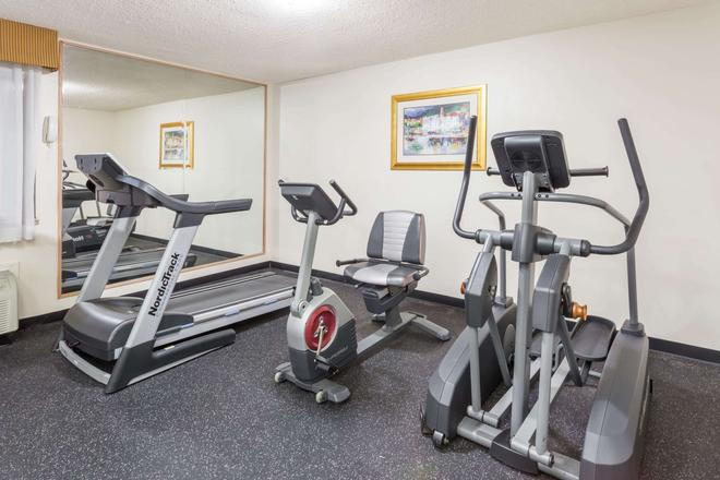 Baymont by Wyndham Decatur - Decatur - Gimnasio