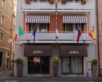 Hotel Ancora Riviera - Lavagna - Building
