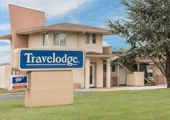 Travelodge by Wyndham Santa Rosa Wine Country - Santa Rosa - Building