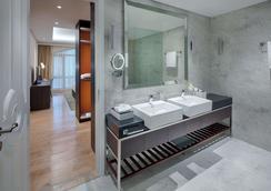 謝伍德套房酒店 - 胡志明市 - 浴室