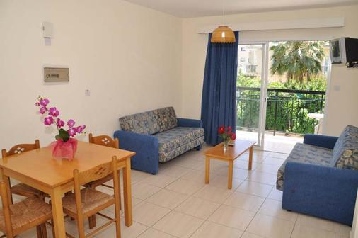 Mariela Hotel Apartments - Polis Chrysochous - Living room
