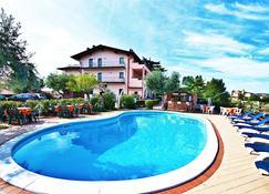 Residence Bellavista - Manerba del Garda - Pool