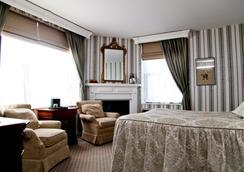 Landmark Inn - Marquette - Κρεβατοκάμαρα