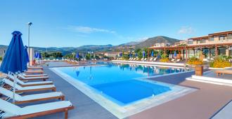 Miramare Resort & Spa - אגיוס ניקולאוס (כרתים) - בריכה