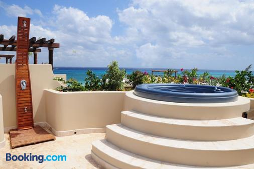 El Taj Oceanfront & Beachside Condo Hotel - Playa del Carmen - Balcony