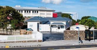 Asure At Eden Park - Auckland - Building