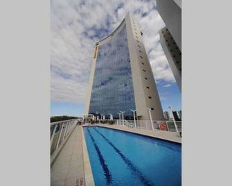 Quality Hotel Vitoria - Vitória - Building
