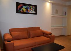 My Home Suites - Celaya - Living room