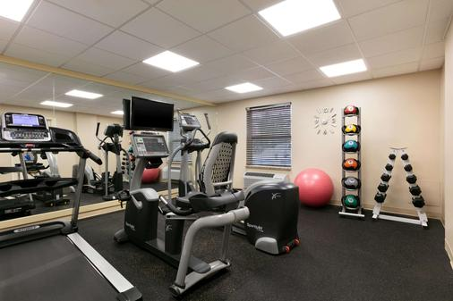 Days Inn & Suites by Wyndham Sherwood Park Edmonton - Sherwood Park - Fitnessbereich