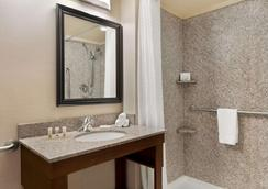 Days Inn & Suites by Wyndham Sherwood Park Edmonton - Sherwood Park - Bad