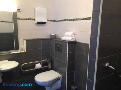 Hotel Atlantide - Biscarrosse - Bathroom