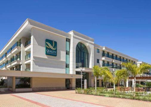 Quality Hotel & Suites Brasilia - Brasilia - Building