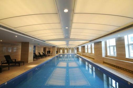 成都明悅大酒店 - 成都 - 游泳池