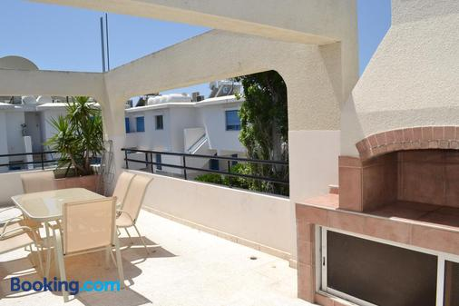 Marianna Hotel Apartments - Limassol - Ban công