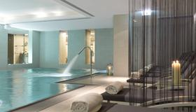 The Ritz-Carlton, Vienna - Viena - Piscina