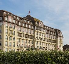 巴里爾多維爾皇家酒店 - 杜維爾