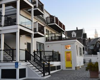 The Inn at Crystal Cove on Boston Harbor - Winthrop - Building