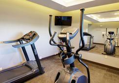 Days Inn & Suites by Wyndham Port Arthur - Port Arthur - Fitnessbereich
