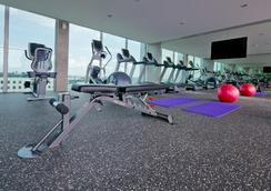 樟宜公園大道酒店 - 新加坡 - 健身房