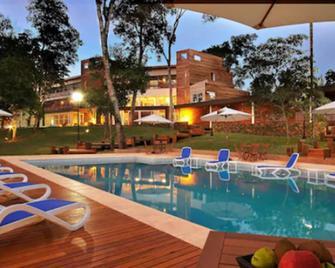 Gran Hotel Tourbillon Cataratas - Puerto Iguazú - Zwembad