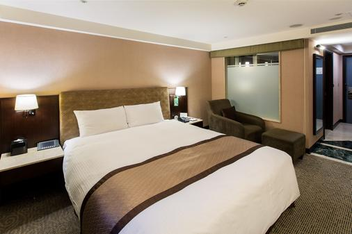Grand Forward Hotel - Banqiao District - Κρεβατοκάμαρα