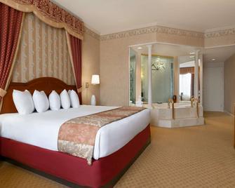 Tunica Roadhouse - Tunica Resorts - Bedroom