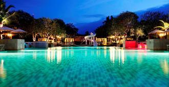 象島特羅皮卡納溫泉度假酒店 - 象島 - 象島 - 游泳池