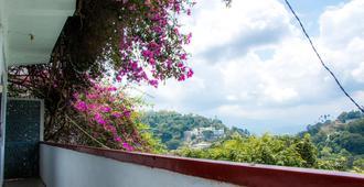Blinkbonnie Inn - Kandy - Balcony