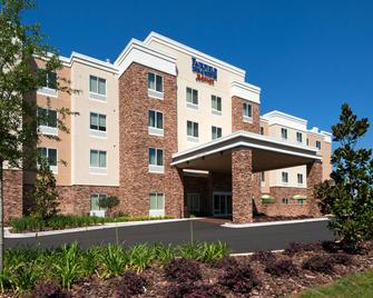 Fairfield Inn and Suites by Marriott Tallahassee Central - Tallahassee - Edificio
