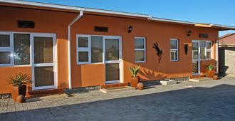 Bushbabies Inn - Swakopmund - Building
