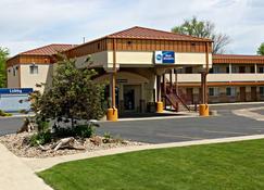 Best Western Plains Motel - Стена - Здание