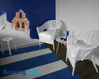 Kievarinhovi Apartments - Kempele - Living room