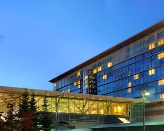 Fairmont Vancouver Airport In-Terminal Hotel - Richmond - Gebouw