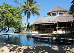 Cashew Grove Beach Resort - Busuanga - Pool