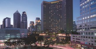 Makati Shangri-La Manila - Makati - Toà nhà