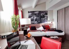 Aparthotel Adagio Aix-en-Provence Centre - Aix-en-Provence - Bedroom