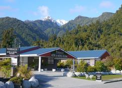 The Terrace - Franz Josef Glacier - Building
