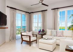 Blue Haven Resort & Marina - Providenciales - Living room