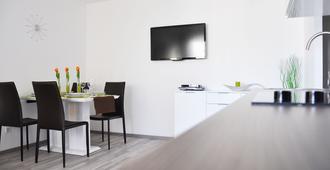 Traditional Apartments Vienna Tav - וינה - חדר אוכל